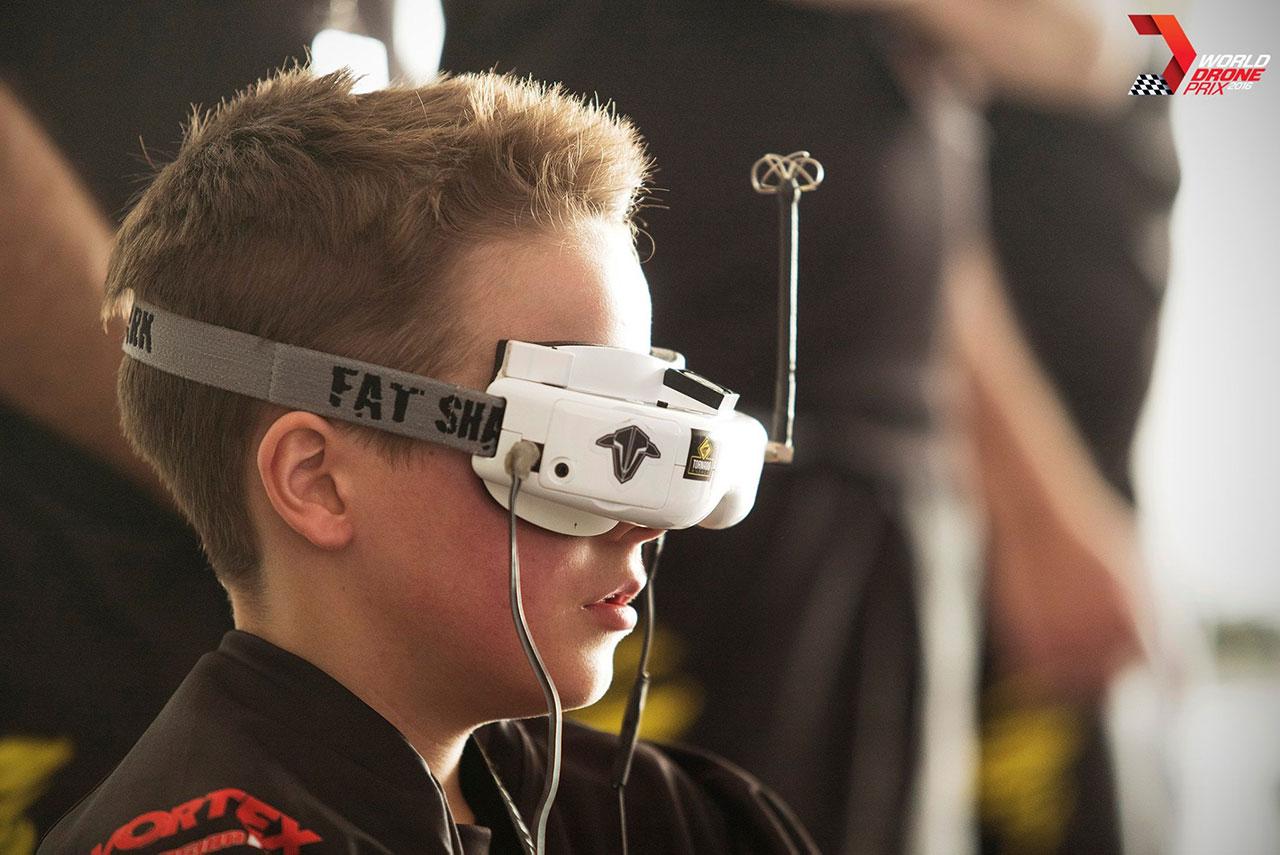 course-de-drone-Luke-Bannister