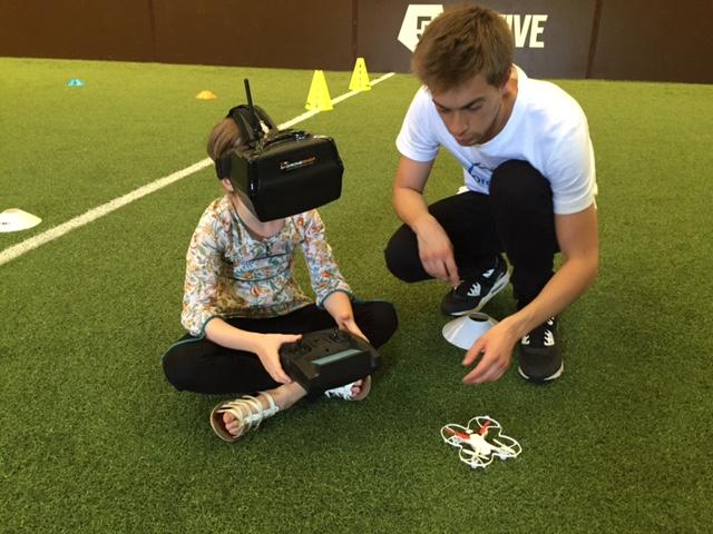 drone-fpv-indoor-enfants